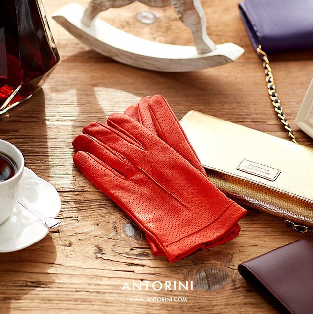 Garment: Luxury Fashion Accessories - ANTORINI - Trendtation