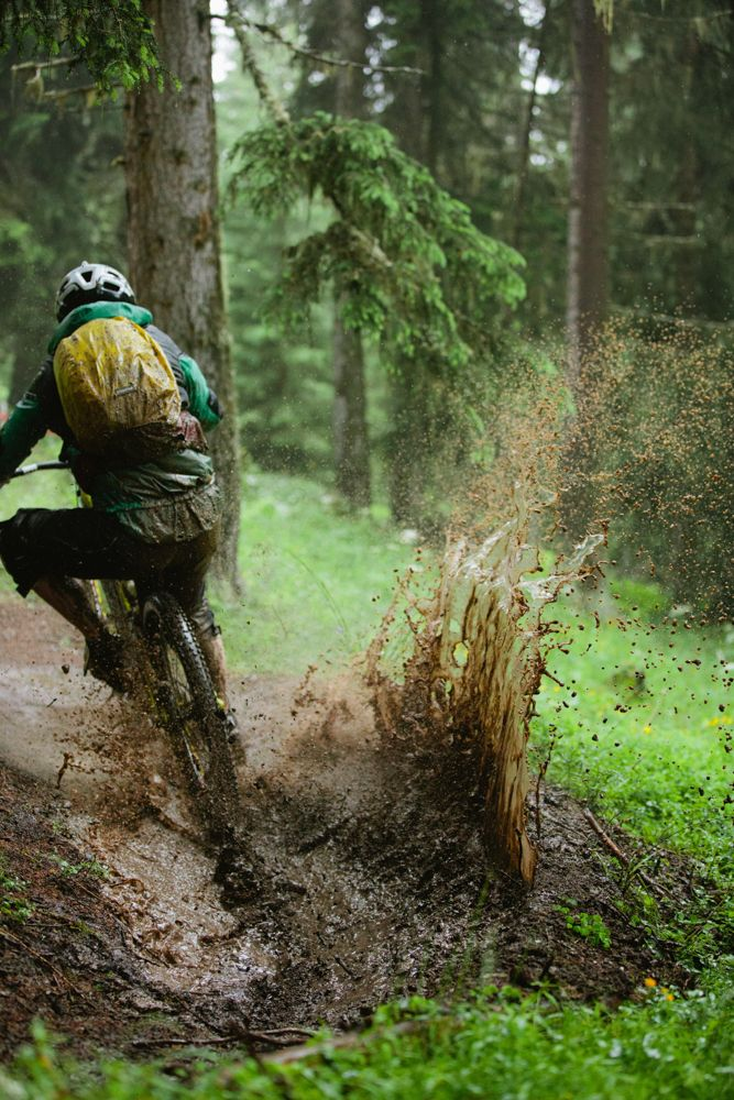 34 Reasons Why You Should Never Go Mountain Biking - Mpora