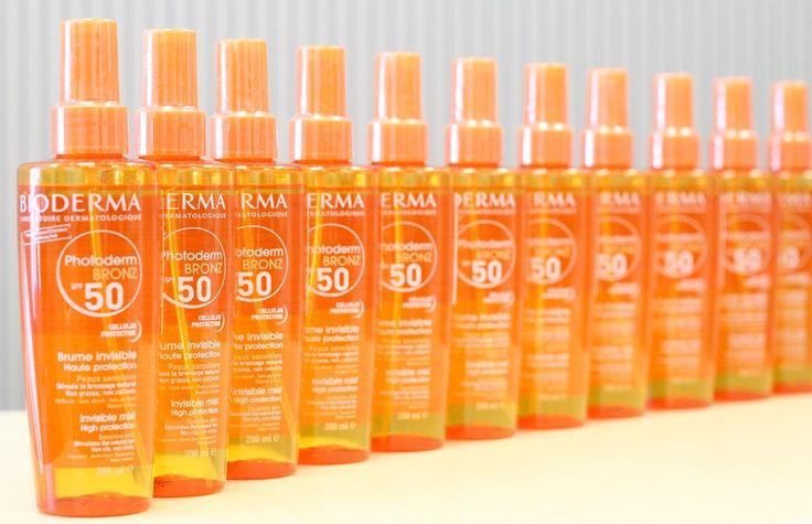 Photoderm Bronz Brume SPF 50/UVA 27 activeaza, intensifica si prelungeste bronzul natural in timp ce pielea este protejata de efectul nociv al ultravioletelor.