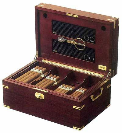 Humidor - an elegant desktop humidor, the top rated Davidoff No. 1 Thuya ranked A++ by Cigar Aficionado