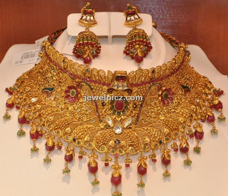 Khazana jewellers Bridal gold choker necklace designs ~ Latest Indian Jewellery designs