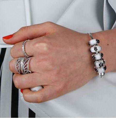 Pandora finger ring