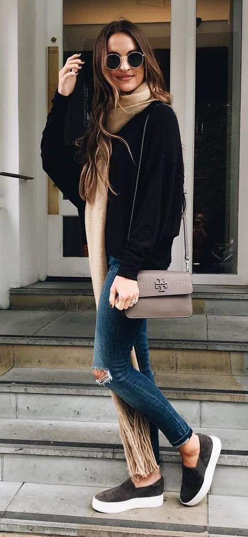 casual style obsession / black bomber jacket + nude scarf + bag + skinnies + sneakers