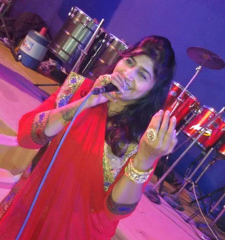 Live gujarati garba song - Navratri 2015 - Rita Dave - Part - 1  ( Dual ...