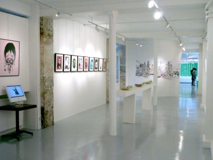 Avec 190 m2 de surface, cet espace du 10ème arrondissement est un lieu de diffusion et de création.