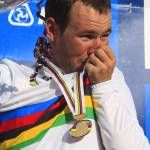 2011 Worlds: World champion Mark Cavendish (Great Britain) full of emotion on the podium