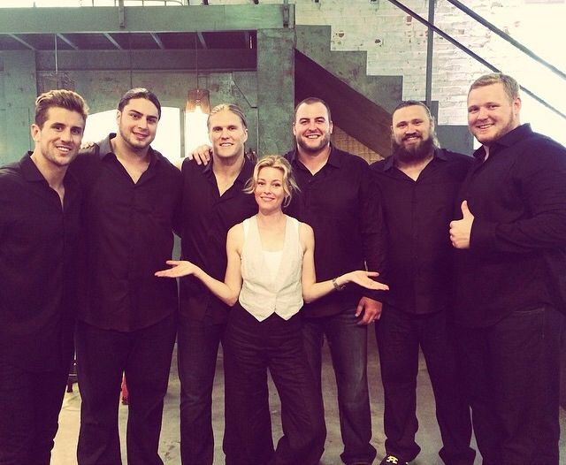 Pitch Perfect 2 cameo by Green Bay Packers and Aaron Rodgers' lil bro, Jordan