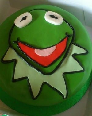 kermit the frog muppets cake