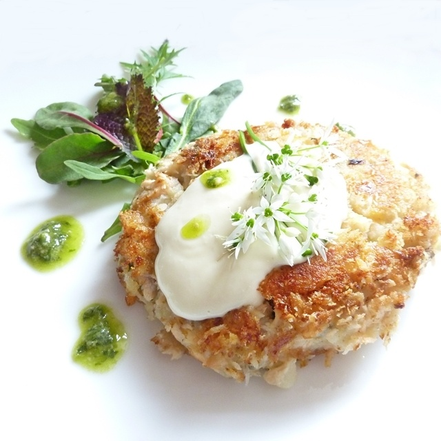 Panko Crusted Salmon & Wild Garlic Cake: Lovely Wild Garlic
