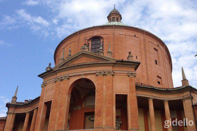 Kişiye özel Kızıl Şehir Bologna Turu Gidello'da.