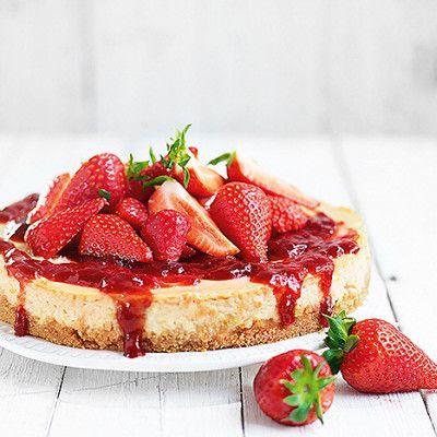 Rabarbercheesecake med jordgubbar