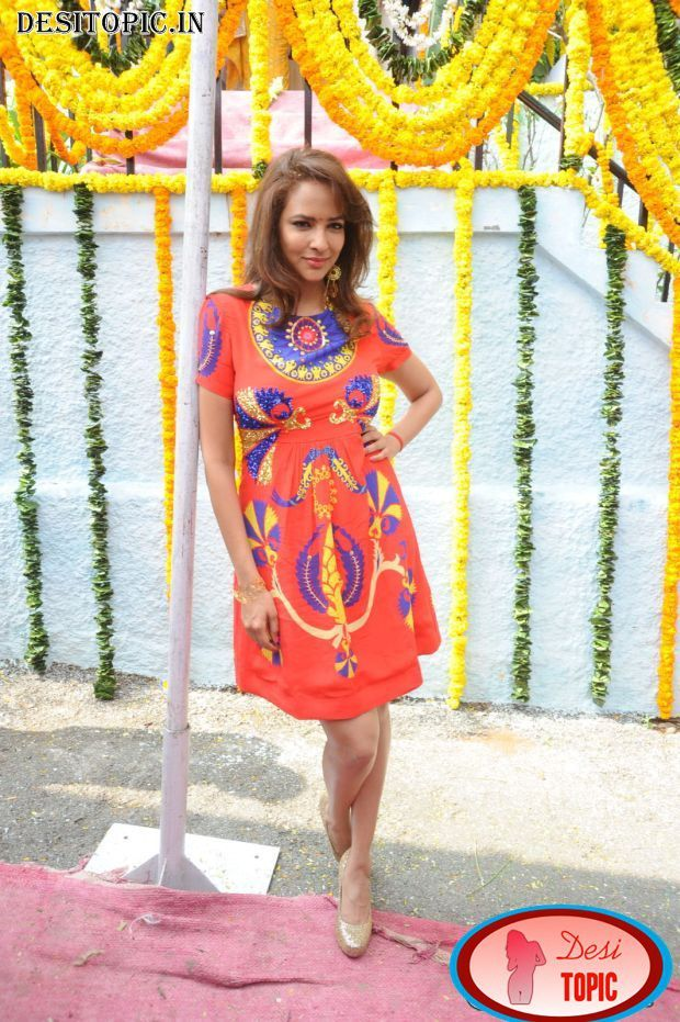 Hot Actress Lakshmi Manchu Latest Photos Check more at http://desitopic.in/celebrities/tollywood/hot-actress-lakshmi-manchu-latest-photos/