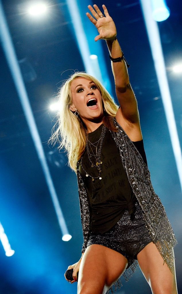 Carrie Underwood Shows Trim Post-Baby Body At Cma Festival -6976