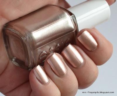 Loving Essie Penny Talk's rose gold hue