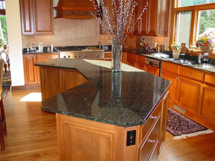 verde peacock granite countertop with maple cabinets | Floor with Oak Cabinets