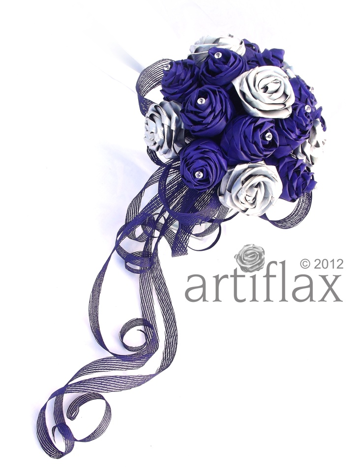 Purple and silver flax flowers elegantly arranged in a delicate flowing bouquet     <3 www.artiflax.co.nz <3