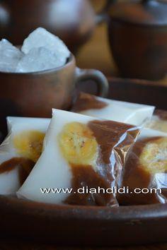 Diah Didi's Kitchen: Nagasari Hungkwe Coklat Putih