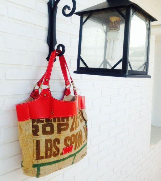 Bolso de saco de cafe y curtación vegetal Diseño exclusivo no ahí dos iguales 79,00€