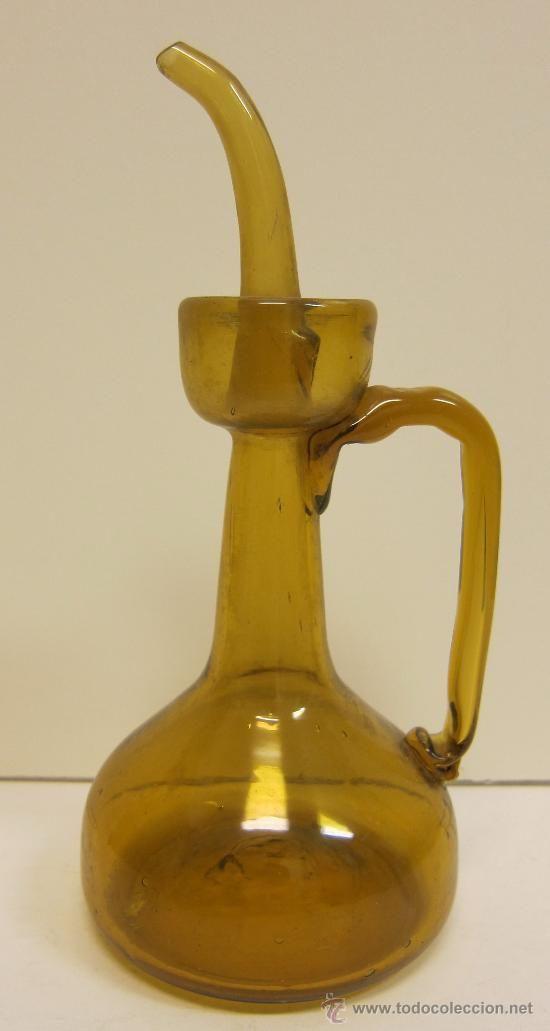ACEITERA EN VIDRIO SOPLADO DE COLOR AMBAR (Antigüedades - Cristal y Vidrio - Mallorquín)
