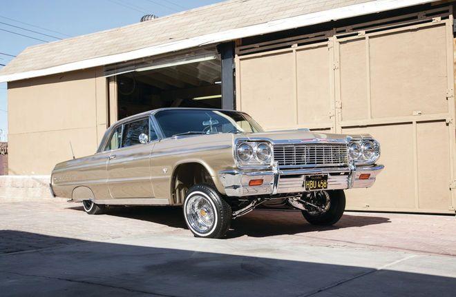 1964 Chevrolet Impala SS - Tres Generaciones