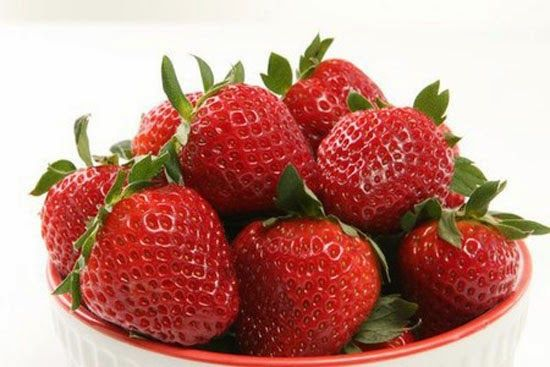 STRAWBERRIES Only if you grow your own with no pesticides. According to many studies, getting more vitamin C can help prevent diabetes. Foods like oranges and strawberries are high in vitamin C and therefore reduces the risk of getting diabetes.
