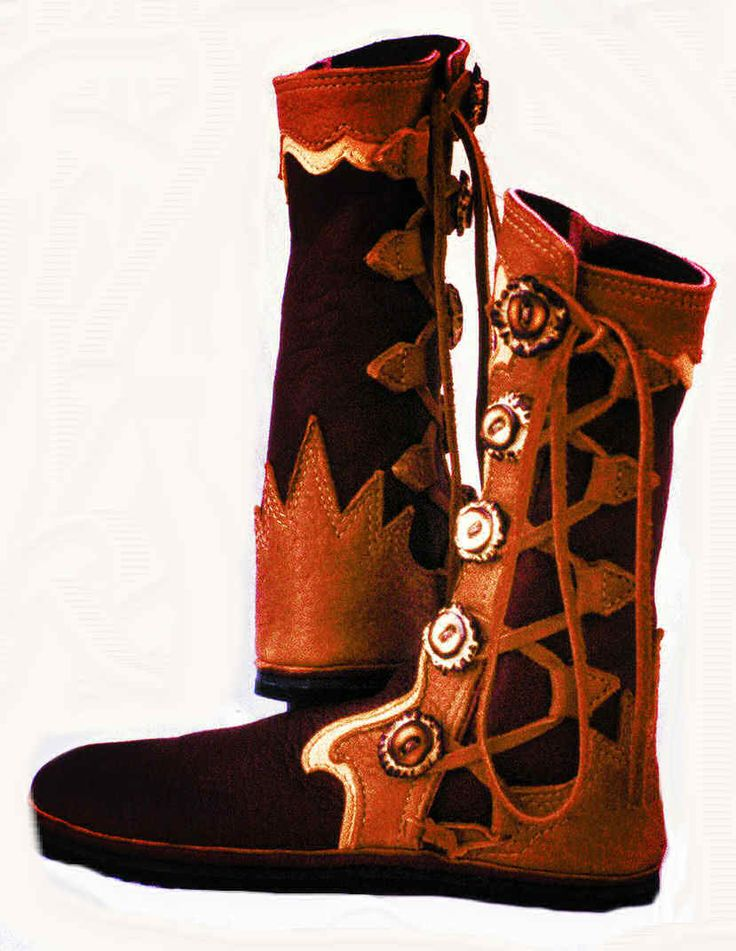 Mystic Soles Black & Brown 5 Button  Moccasins Boots
