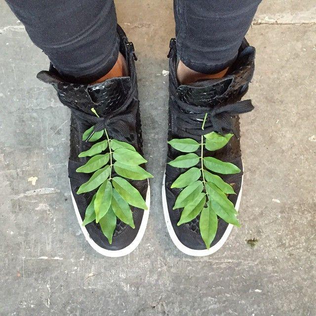 leaf boots