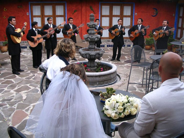 mariachi band, wedding music, mexican wedding, runaway bride, destination wedding, mexico wedding experience, band