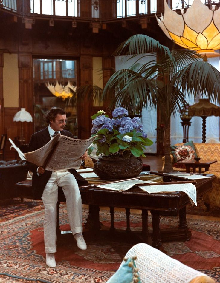 essay death in venice In his 1971 adaptation of the thomas mann novel death in venice, director  luchino visconti cast dirk bogarde in the role of composer gustav.