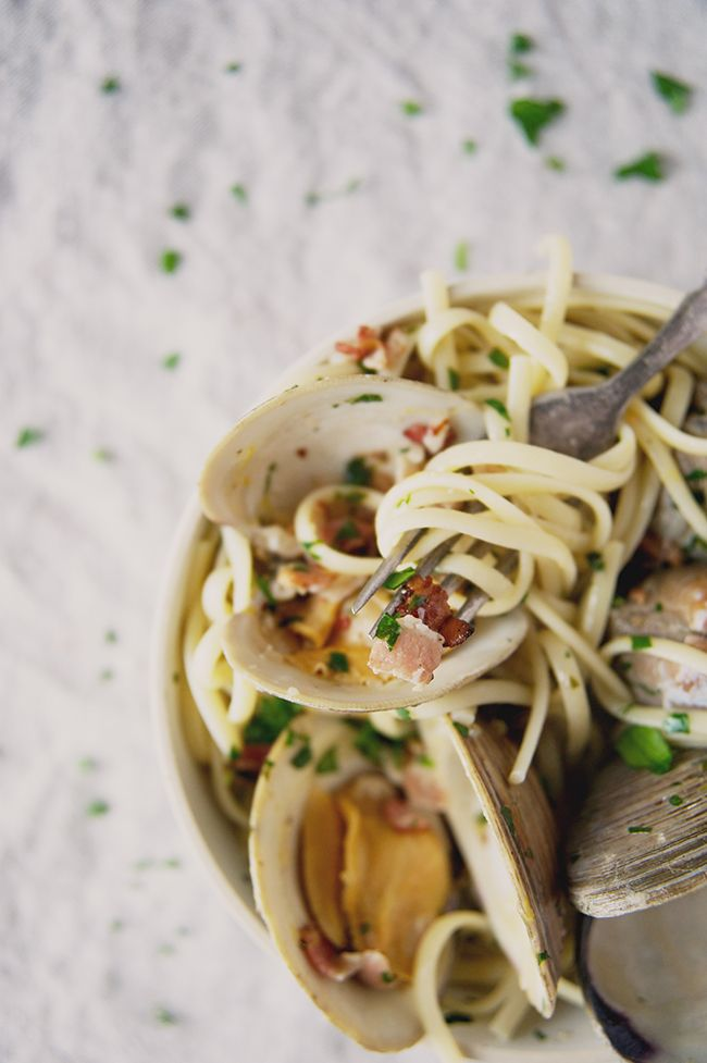 linguini with clams and bacon pasta