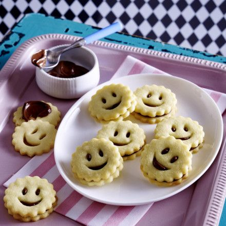 Mürbeteig Smileys Rezept | LECKER