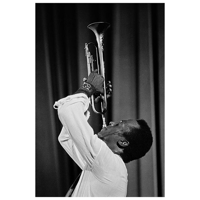 US trumpet player Miles Davis at the Salle Pleyel concert hall. 8th arrondisement. Paris, France. 1969.  To mark the release of a book on Jazz, Magnum in Paris is hosting a discussion between Magnum photographer Guy Le Querrec and acclaimed jazz music journalist Pascal Anquetil. The free event is taking place at 7pm on Thursday December 15, at the Magnum Gallery in Paris. © #GuyLeQuerrec/#MagnumPhotos  #MilesDavis