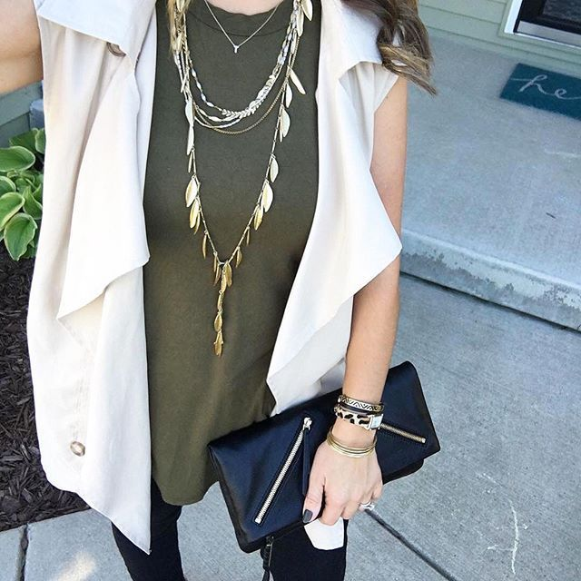 Get your style's worth: 1 lariat, many ways to wear! #stelladotstyle #garlandfringenecklace #ootd