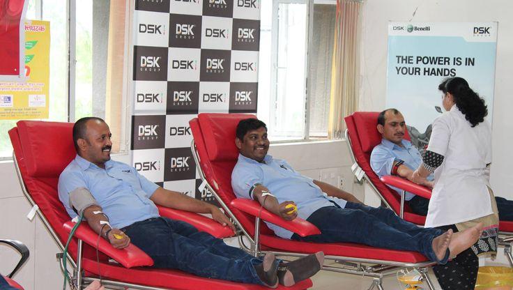 DSK Motowheels organisiert Blut Spende Camp in PunePUNE: Motorradhersteller DSK Motowheels veranstaltet eine Blut Spende Camp am 12. August 2016 in Pu...