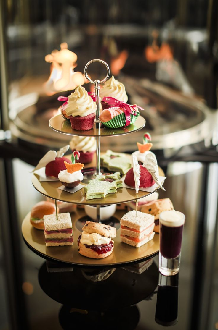 Loving this....  Christmas Rock Tea at The W London -