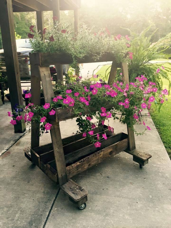Pallet Flower Planter on Wheels - 25 Inspiring DIY Pallet Planter Ideas | 101 Pallet Ideas - Part 5