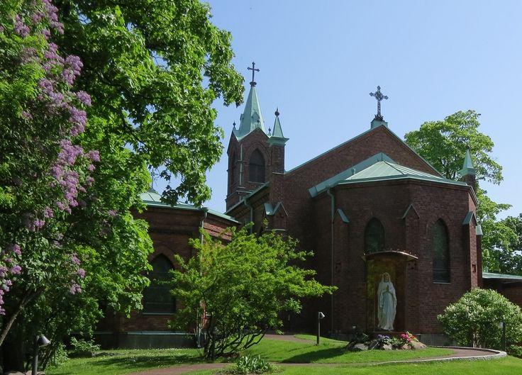 Pyhän Henrikin katedraali, Helsinki, Pyhän Henrikin aukio 1. Katolinen kirkko.