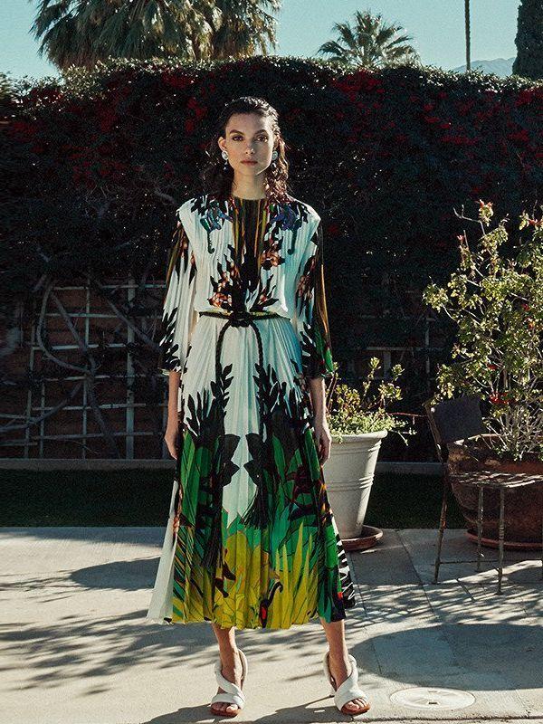 Kleider mit Tropen-Muster: Eleganter Modetrend im Sommer ...