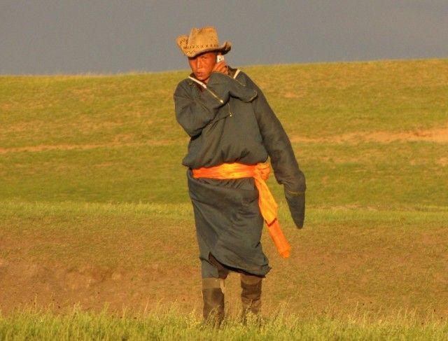 Nad rzeką Kerulen, wschodnia Mongolia, Spotkanie na stepie, MONGOLIA