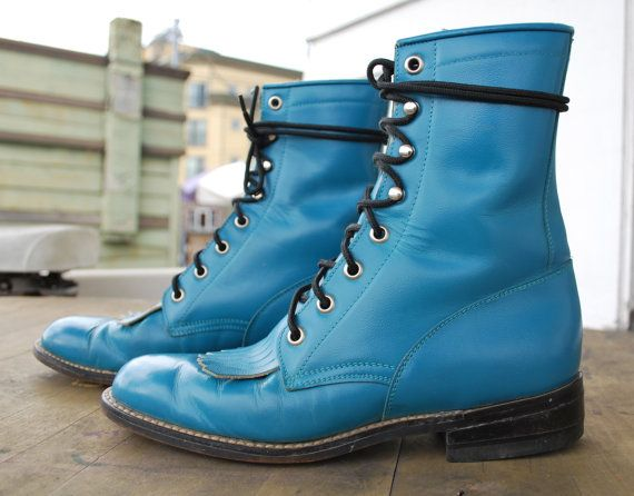 *Swoon!! Wish they were in my size:  Vintage Diamond J Justin Roper boots Size 6B