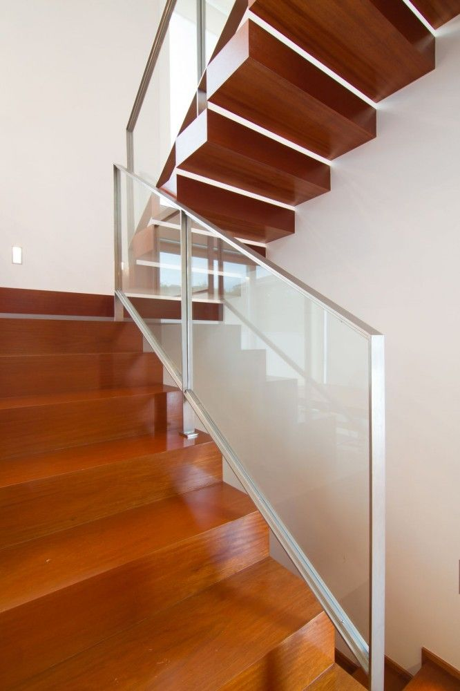 stair of modern house designs and floor plans