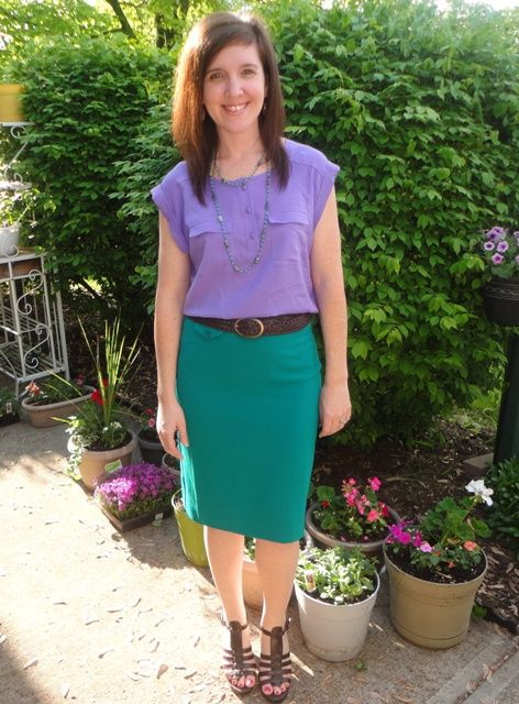 Purple shirt green skirt brown belt brown sandals for What color shirt goes with a purple skirt