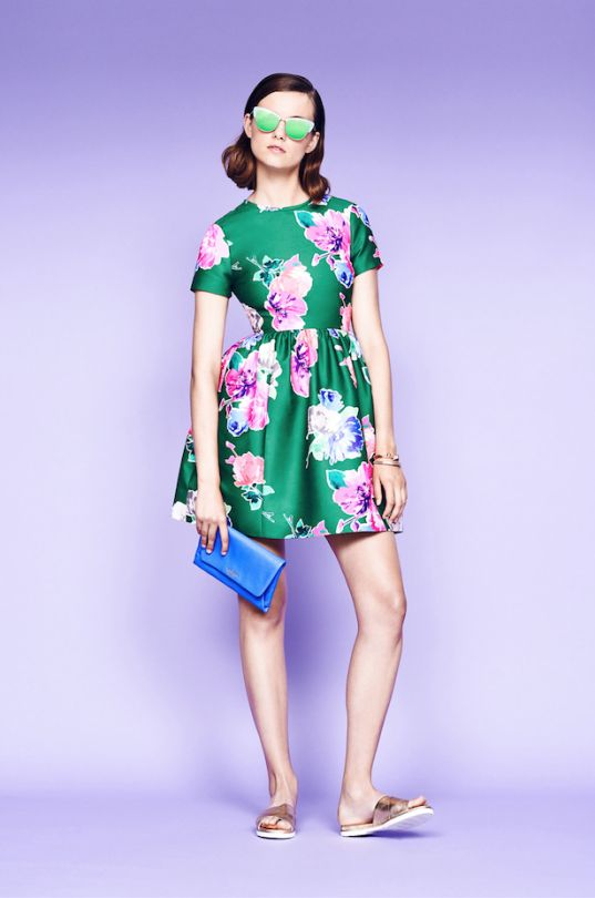 no need to save a full-skirted floral frock for a special occasion. not only is it summer party-worthy, but with flat sandals, sunnies and an breezy attitude you can wear it everywhere. (march 2015)
