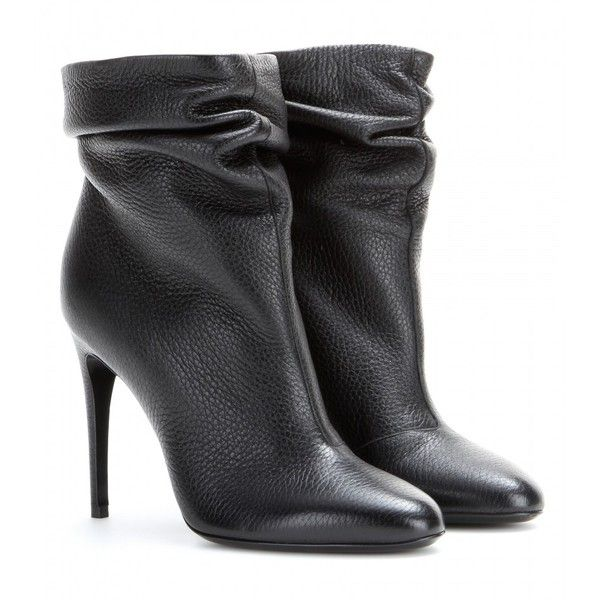 Burberry London Epworth Leather Ankle Boots (2.820 RON) ❤ liked on Polyvore featuring shoes, boots, ankle booties, booties, heels, ankle boots, black, black leather booties, black heeled boots and leather ankle boots