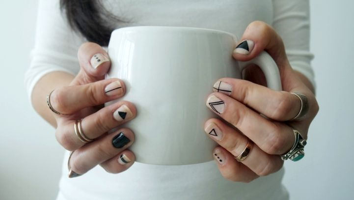 5 Days Of Minimal Nail Art: Tribal Minimal Nail Art, Bonus Look For Day 4