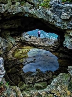 The Grotto, Tobermory, Ontario