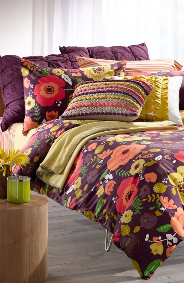 Loving this adorable, girly bedding!