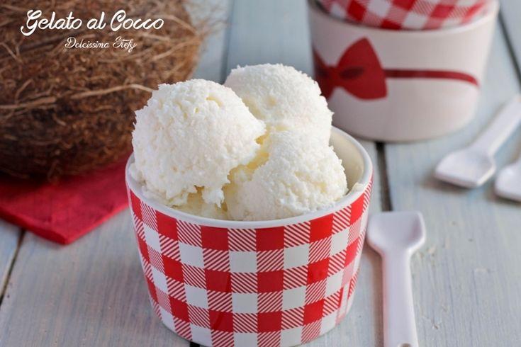 Un golosissimo Gelato al Cocco facilissimo da preparare. Una semplice ricetta perfetta per l'estate. Pochi ingredienti per un gelato golosissimo :)