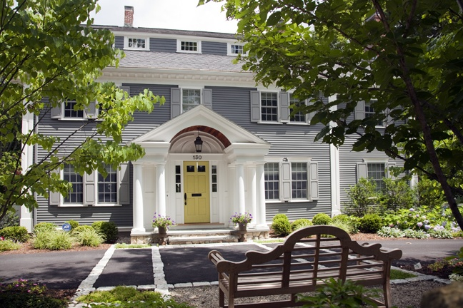 1000 images about exteriors on pinterest colonial house exteriors colonial house plans and for Updated colonial home exterior