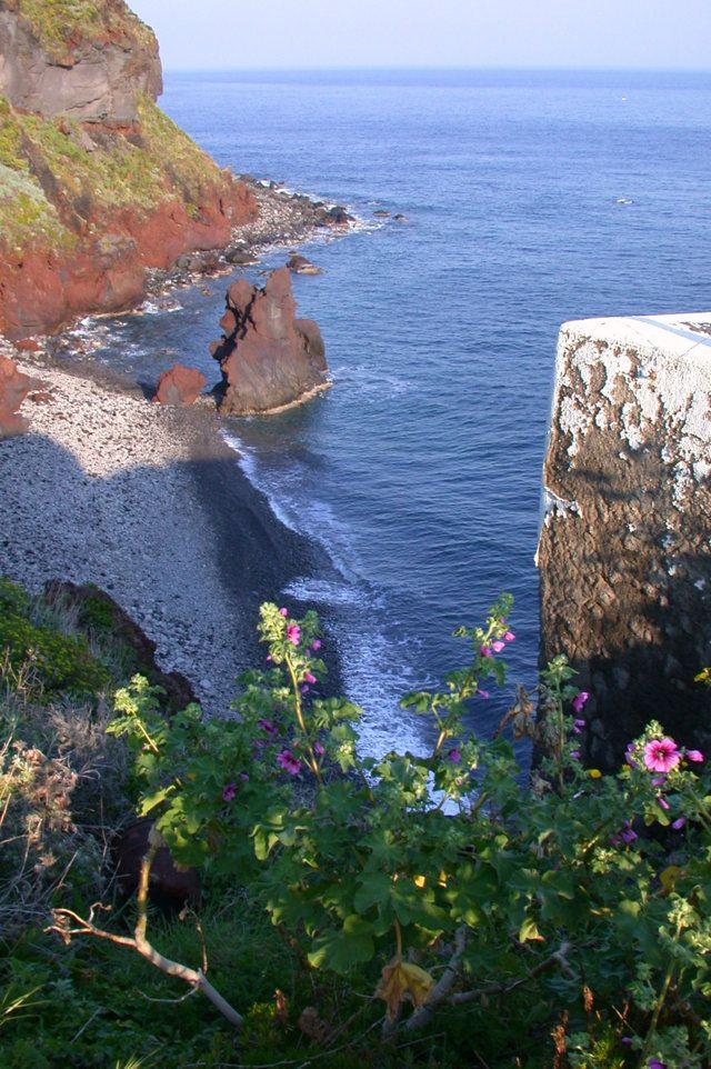 FIVE Sicilian islands awarded at TripAdvisors Awards!